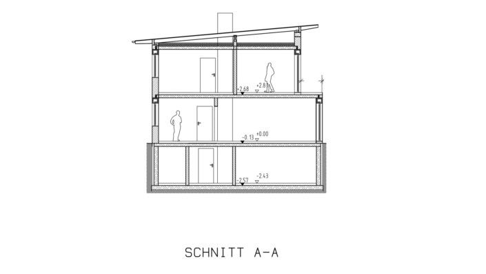 Kombihaus mit 140 qm, Schnitt