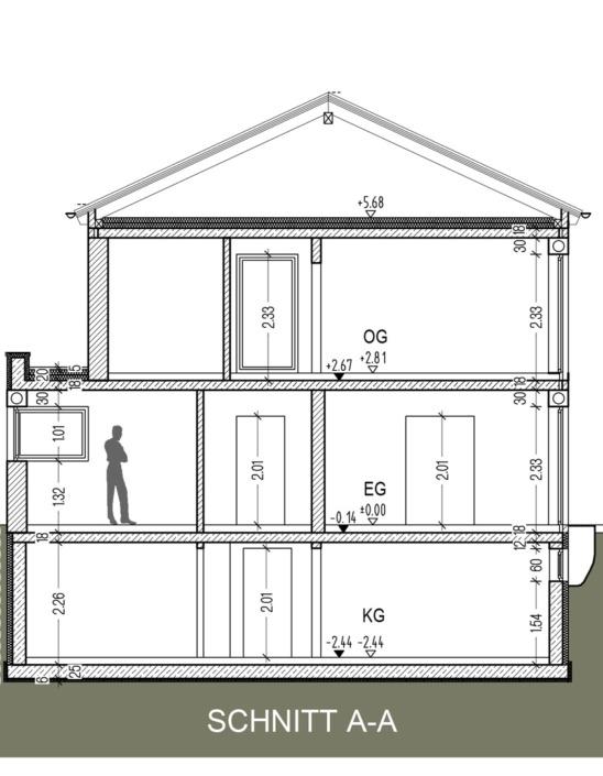 Einfamilienhaus mit 160 qm, Schnitt